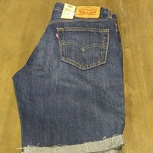 Mens levis shorts new with tags